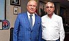 Başkan Sarı, Büyükşehir Belediye Başkanı Kocamaz ile Taksicilerin Sorunlarını Konuştu