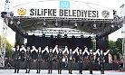 Silifke'de Uluslararası Kültür Haftası Etkinliklerinde  Halk Dansları İzleyenleri Büyüledi.
