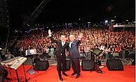Mersin'de Ferhat Göçer Konseri