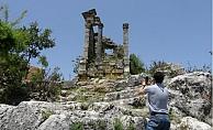 Mersin'de Roma Anıt Mezarları Zamana Direniyor
