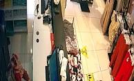 Mersin'de Mağazada Unutulan Altın Dolu Çantayı Çalan Şüpheli Yakalandı