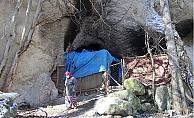 30 Yıl 10 Çocuğuyla Mağarada Yaşadı