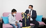 Kanser Tedavisi Gören 10 Yaşındaki Berkay'in Polis Olma Hayali