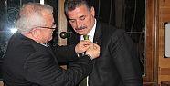 Başkan Tuna'ya Çevre Dostu Rozeti