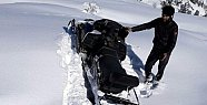 Kar Yiyip Ateş Yakarak Hayatta Kaldılar