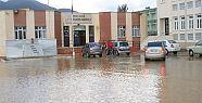 Mersin İlçelerindede Sağnak Yağışlar Etkili Oluyor