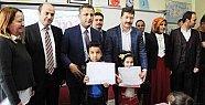 Mersin'de 29 Bin 900 Öğrenci Karne Sevinci