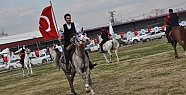 Mersin'de Cirit Gösterisi Nefes Kesti