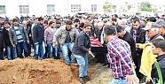 Mersin'de Denize Düşen Otomobilde Ölen 4 Genç Toprağa Verildi