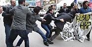 Mersin'de Patrıot Protestosuna Polis Müdahalesi