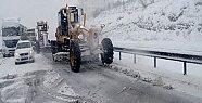 Mersin'de Yüksek Kesimlere Yoğun Kar Yağışı Hayatı Felç Ediyor