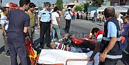 Otomobilin Çarptığı İki Motosikletli Yaralandı