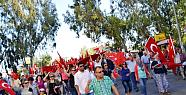 Silifke'de Bayrağa Saygı Yürüyüşü