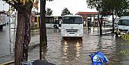Tarsus İlçesinde Sel tehlikesi Nedeniyle Okullar 1 Gün Tatil Edildi.