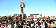 Tarsus'da Haydar Aliyev Parkı ve Anıtı Törenle Açıldı