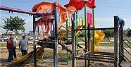 Tarsus'ta Parktaki Oyun Aletleri Yakıldı