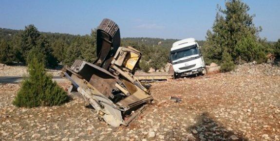 Tır'ın Yoldan Çıkması Sonucu Kazada 1 Kişi Yaralandı.
