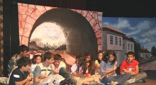 Toroslar'da Ücretsiz Tiyatro Kursu Kayıtları Başladı