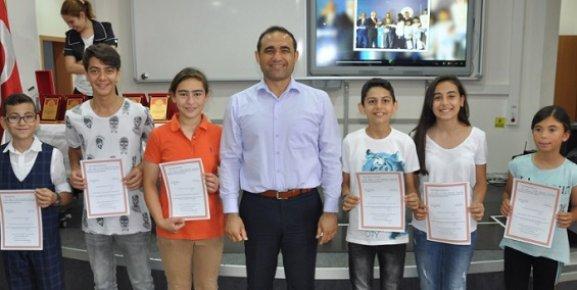 Türkiye Şampiyonu Öğrenciler Ödüllendirildi