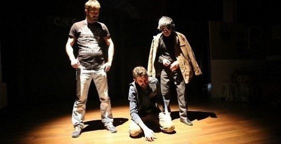 Uyuşturucunun Zararlarını Tiyatro İle Anlattılar