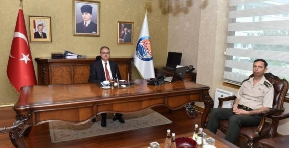 Vali Su, Jandarma Komutanı Cavlak'ı Kabul Etti