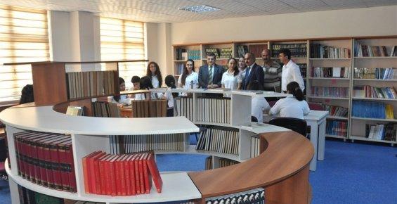 Yenişehir Kaymakamlığı 22. Kütüphaneyi Açtı